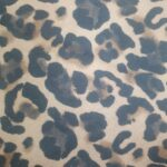 Leopard prevrnuta koža